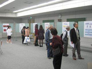 学園祭2012-医学展.jpg